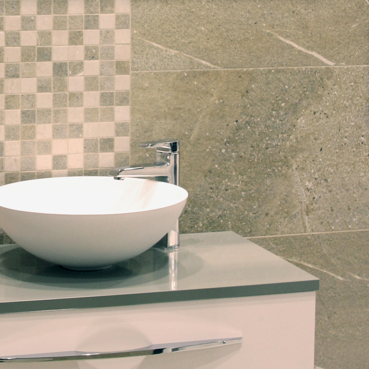 crown tiles bathroom floor tiles bathroom flooring. Black Bedroom Furniture Sets. Home Design Ideas